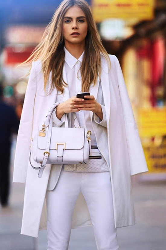 EL LOOK TOTAL WHITE ESTÁ DE MODA