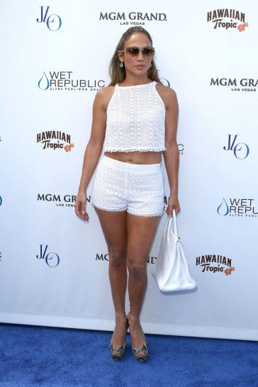 jennifer_lopez_white_cropped