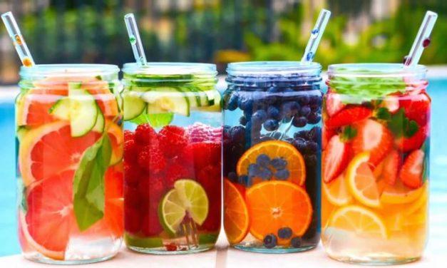 15 recetas de aguas saborizadas caseras