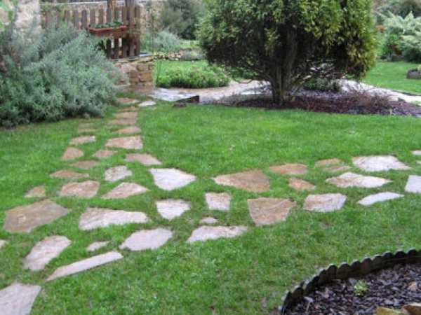 ideas para decorar jardines con piedras contrapiel