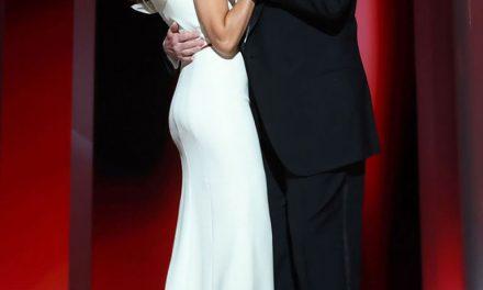 Quién es el diseñador del vestido de la gala de asunción?