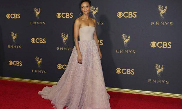 Los looks que se destacaron en los Emmys 2017
