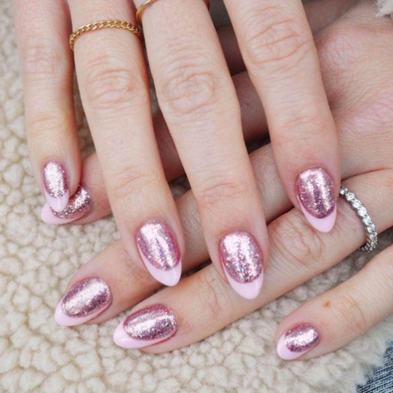 elle-valentines-day-nails-0002-paintboxpink-1515684646