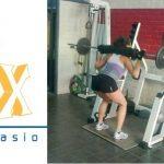 Beneficios que obtienen las mujeres haciendo pesas
